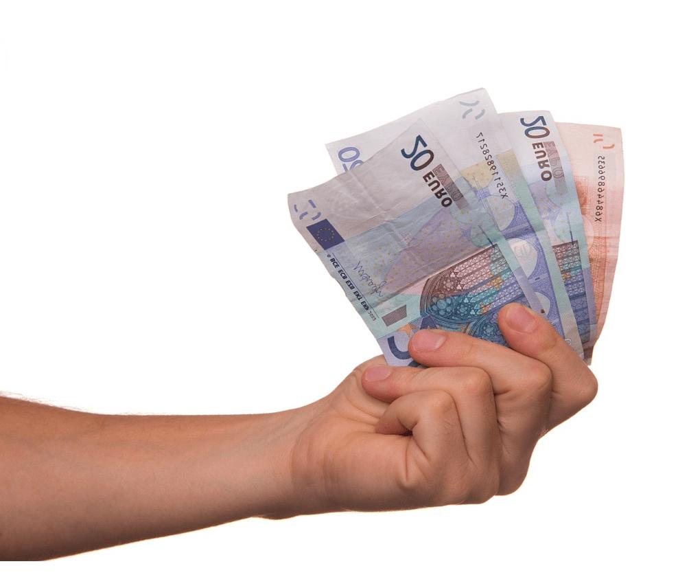 calculo de embargo de nomina con paga extra