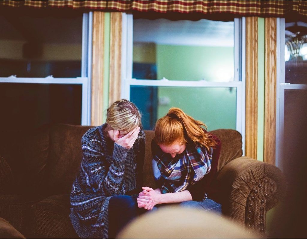 esposa y ex pareja cobrando la pension por fallecimiento