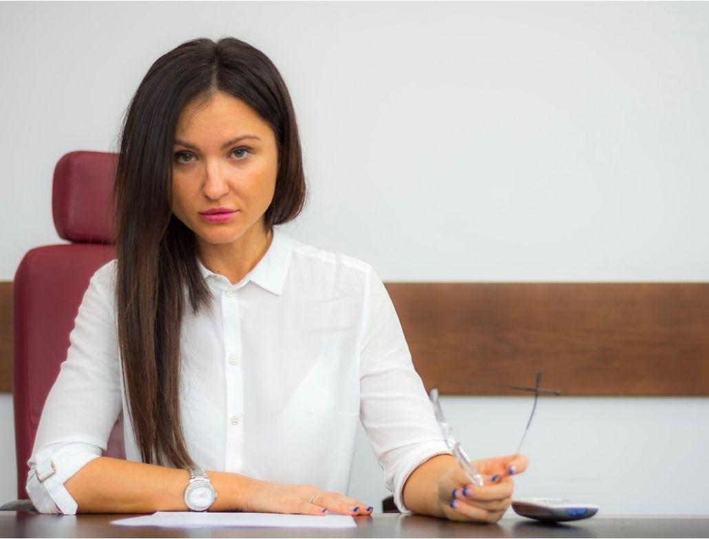 descripcion de como se realiza el interrogatorio del acusado en el juicio rapido de violencia de género