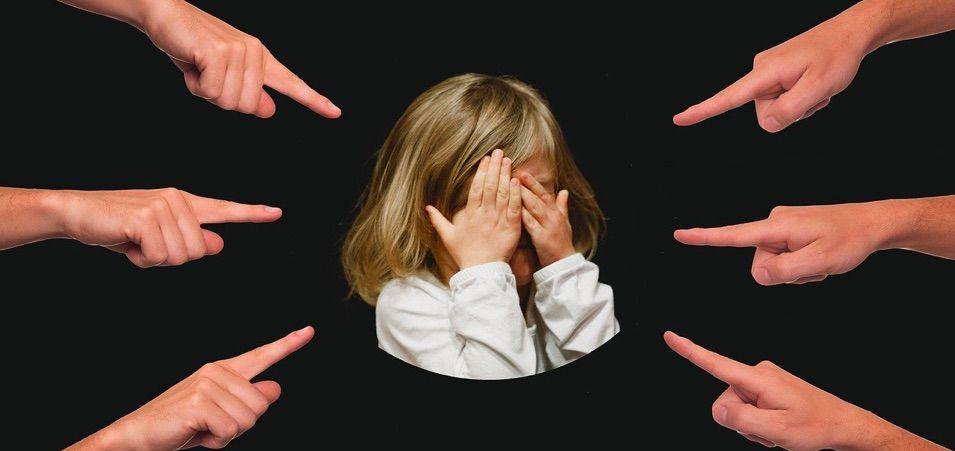 explicamos los puntos esenciales que se deben de dar en las conductas para ser considerado acoso escolar