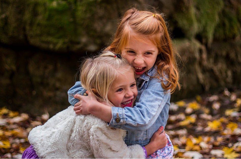 el convenio regulador incluye temas relacionados con la forma en la que se deben regular las relaciones entre padres e hijos