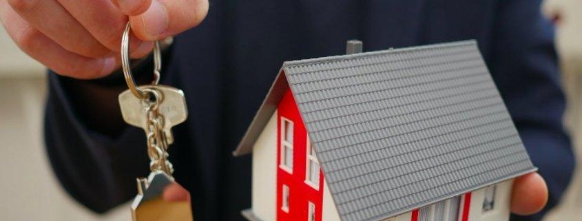 atribucion vivienda familiar custodia compartida